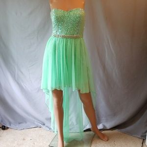 CITY TRIANGLES PROM/ HOMECOMING/ DANCE DRESS