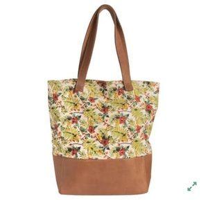 ... bag with decorative external zipper Sseko Designs Canvas   Leather  floral bucket ... 5d98c86194