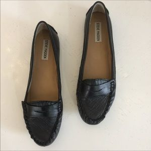 Steve Madden Black Leather loafer New  size 10
