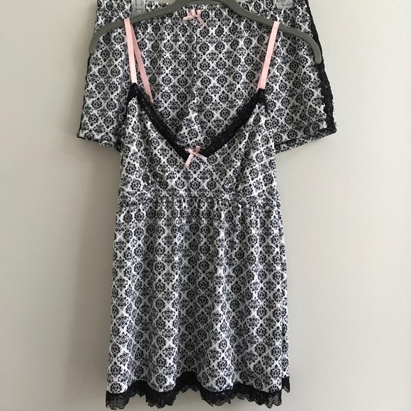 Marilyn Monroe Sleepwear set cooling fabric