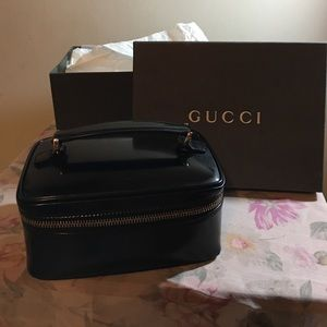 Gucci cosmetic box bag