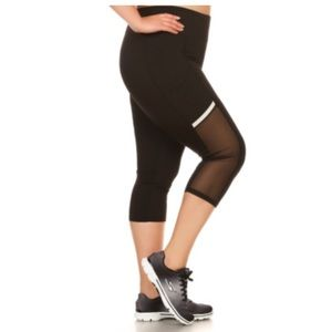 Pants - 3 LEFT! (Plus) Black mesh panel athletic capris