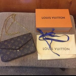 Louis Vuitton Handbags - Louis Vuitton Pochette Felicie Monogram Canvas Bag