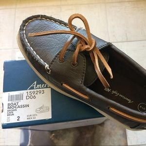 Payless Other - NWT BOAT MOCASSIN SZ 2