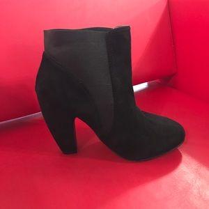 Adriana New York Shoes - Adriana New York Boots