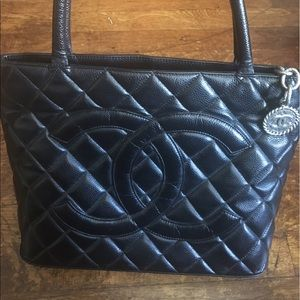 CHANEL Handbags - CHANEL Black Quilted Lambskin Medallion Tote