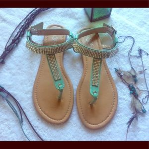 385 Fifth Shoes - 385 fifth size 9 studed sandals