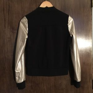 Forever 21 Jackets & Coats - Bomber jacket bicolor