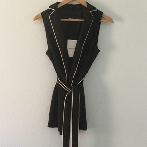 Who What Wear Tops - NWT fully lined sleeveless tie blazer