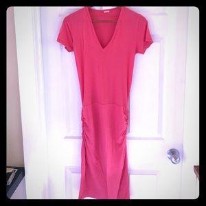 Monrow Dresses & Skirts - Summer short sleeve dress