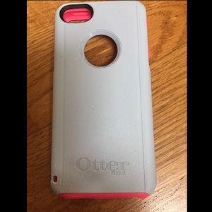 OtterBox Accessories - Iphone 5C OtterBox Case