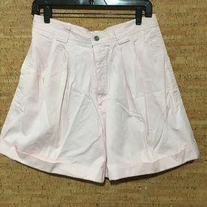 Vintage Mom Jean Lizsport Pleated Cuffed Shorts