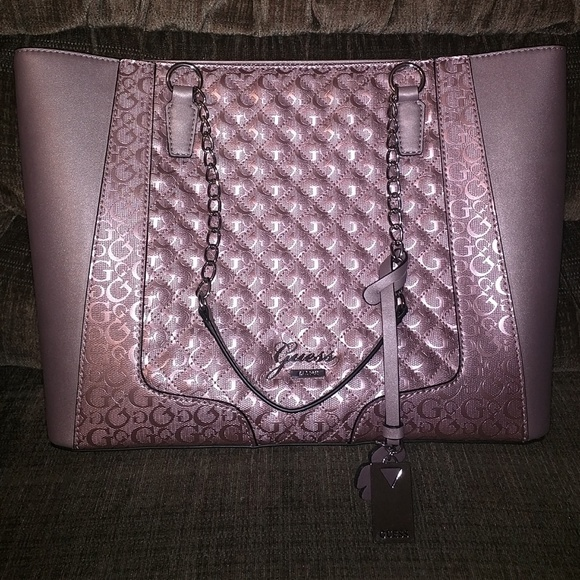 9b711ee16a2a GUESS Handbags - Brand-new Designer Guess tote purse
