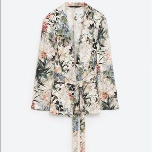 Zara Jackets & Blazers - Zara floral blazer xs NWOT