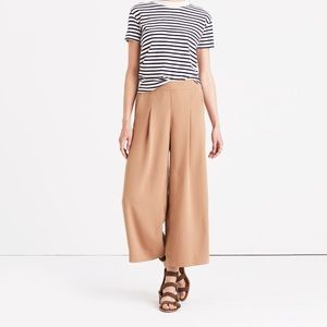 Madewell Pants - Madewell Caldwell Crop Trousers in Navy