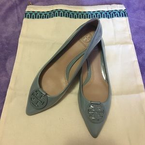 Shoes - Tory Burch Patent Pointed-Toe Logo Flat