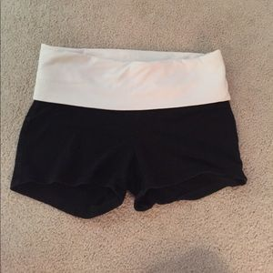 XS PINK yoga shorts