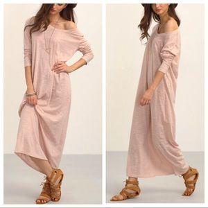 Peach light weight Maxi Dress 💋