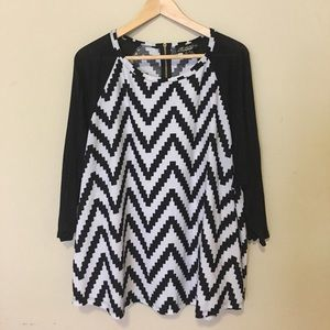 Absolutely Famous Tops - Absolutely Famous Zig-Zag Top