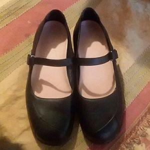 Propet Shoes - Proper shoes
