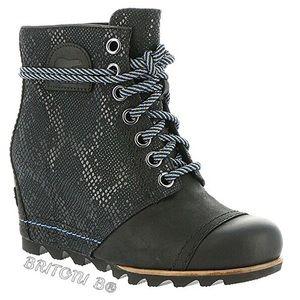 SOREL 1964 Premium Wedge Boots - Black Snake Skin