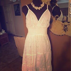 unity Dresses & Skirts - White sundress unity brand 1X