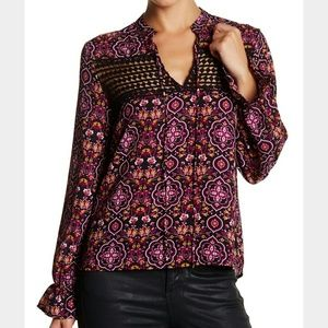 Romeo & Juliet Couture Tops - Nwt Romeo and Juliet couture Red Paisley Flutter