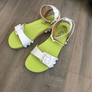 f25b147fa0d258 Nordstrom Shoes - 🆕FUNKY RETRO Floggs Sandals