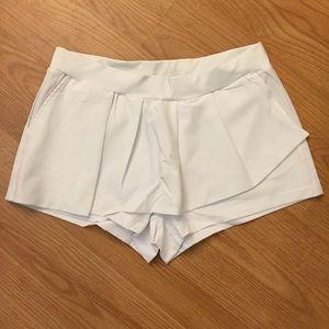 Dresses & Skirts - Fabletics white tennis skirt/skort