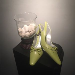 highlights Shoes - Sling back lime green shoes