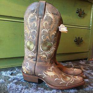 Shyanne Shoes - Shyanne floral embroidered Cowgirl Boots