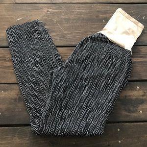 GAP Pants - Gap Maternity Black & White Trouser Crop