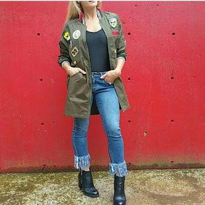 .. Jackets & Blazers - 🌟Sassy army green jacket