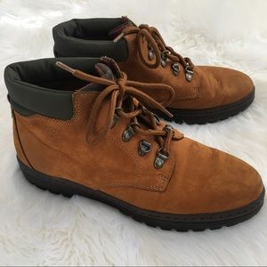 Timberland Shoes - Timberland 9.5 boots brown 69356 1922 hiking