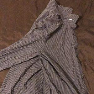 Slim fit long sleeve dressing shirt