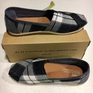 TOMS Shoes - Classic plaid slip-on shoe