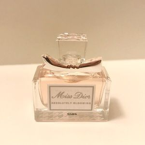 Dior Miss Dior Absolutely Blooming Perfume 0.17 oz