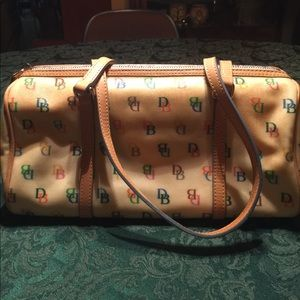 Dooney & Bourke Handbags - VINTAGE DOONEY & BOURKE  LOGO BAG PLUS WRISTLET