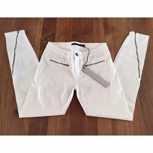 Victoria Beckham Pants - NEW Victoria Beckham White Skinny Jeans w. Zipper