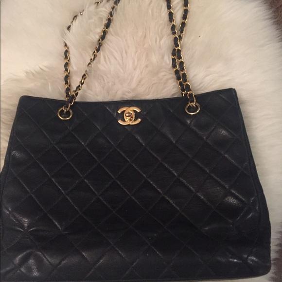 65841188aa79 CHANEL Handbags - Beautiful vintage Chanel purse.