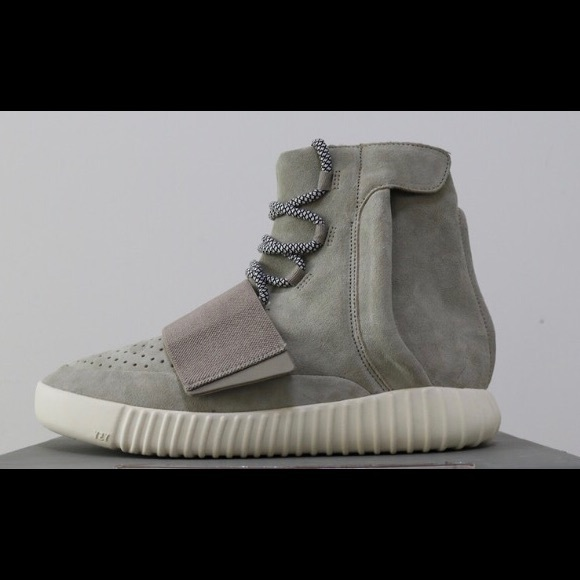 wholesale dealer 4601c df4f5 Yeezy 750 OG DS pm for PayPal gift payments only!!