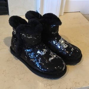 NWT Sonoma Girls' Sequin Ankle boots sz 2