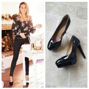 LC Lauren Conrad Black Patent Heels