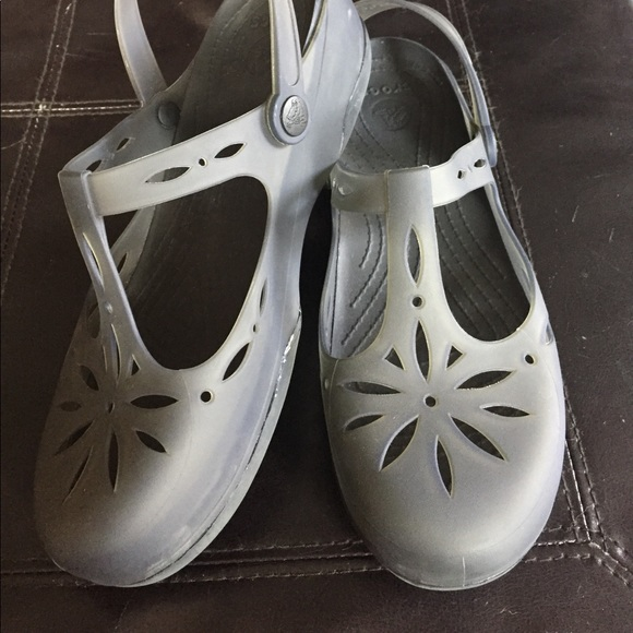 80c37611f2432 CROCS Shoes - Crocs Carlie Cutout Clog size 9 worn twice!