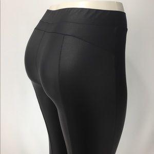 Julie Billiart Pants - JULIE BILLIART Black Scuba-Look Leggings. Size M.