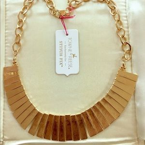 Towne & Reese Jewelry - Gold Statement Necklace by Towne & Reese