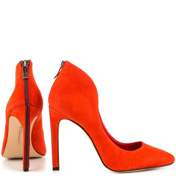 4d1169b114 BCBGeneration Shoes - 🔥👠BCBGeneration CONRAD FIERY RED HEELS👠🔥
