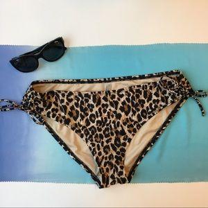 Victoria's Secret Animal Bikini Bottoms Size M