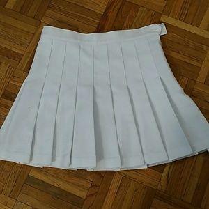 American Apparel white Pleated skirt medium
