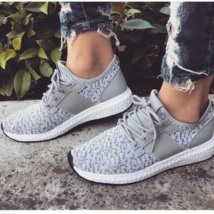Shoes - Women Trendy Mixed Grey sneakers